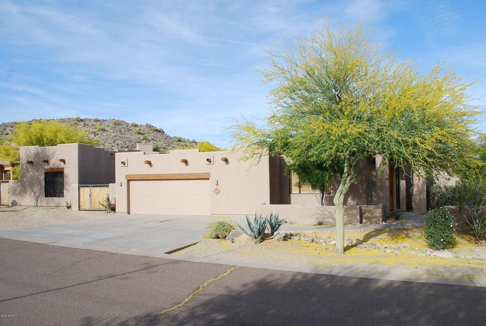10841 S SANTA MARGARITA Drive, Goodyear, AZ 85338