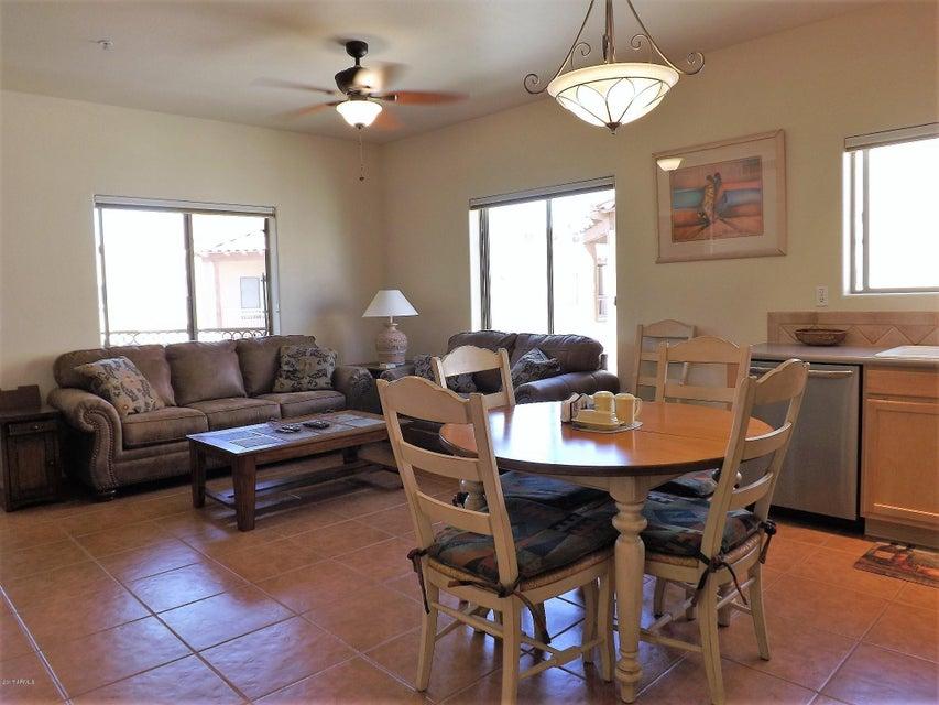 16545 E GUNSIGHT Drive 206, Fountain Hills, AZ 85268