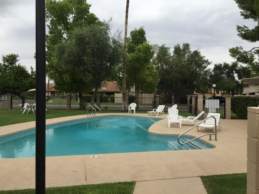 8542 E PORTLAND Street, Scottsdale, AZ 85257