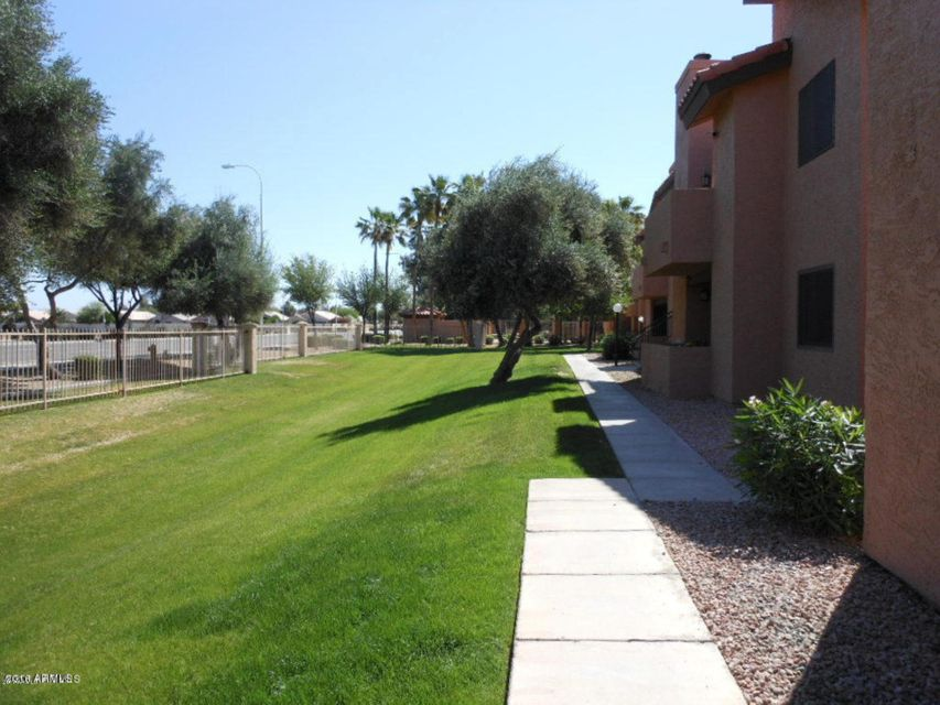 MLS 5590273 1075 E Chandler Boulevard Unit 210, Chandler, AZ Chandler AZ Gated