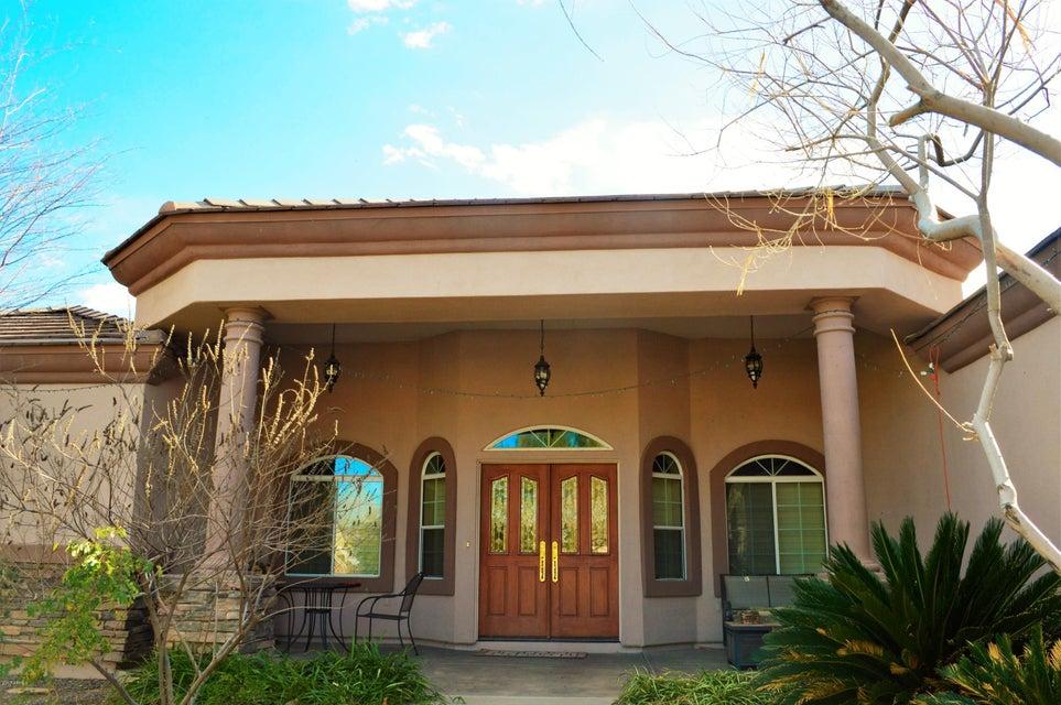 2039 E MAPLEWOOD Street, Gilbert, AZ 85297