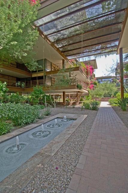 MLS 5588388 7117 E RANCHO VISTA Drive Unit 3011 Building 7117, Scottsdale, AZ 85251 Scottsdale AZ Optima Camelview Village