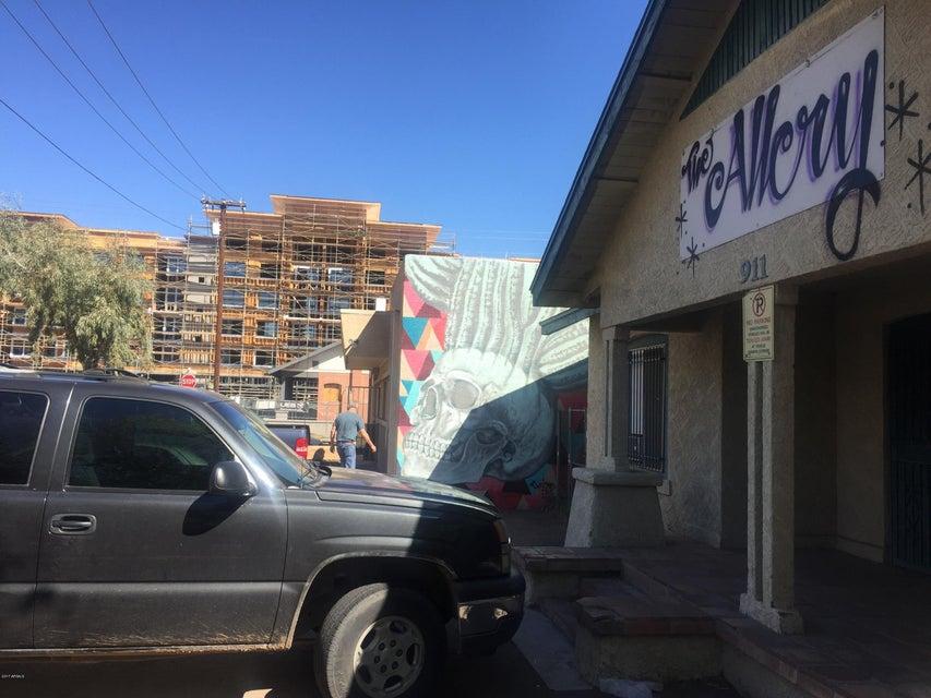 911 N 4TH Street, Phoenix, AZ 85004