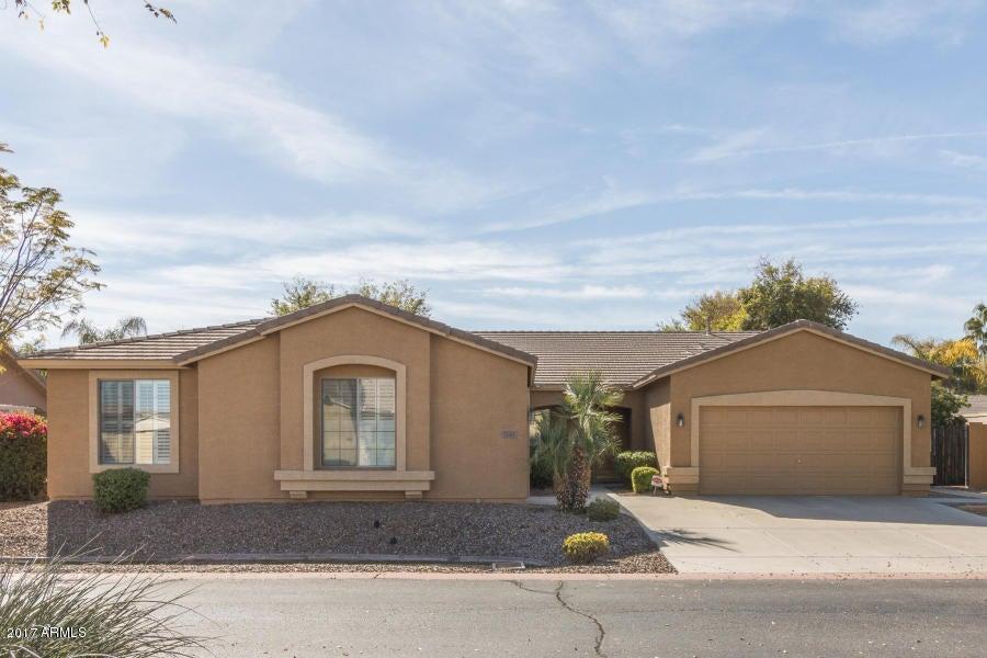 1141 E HAWKEN Way, Chandler, AZ 85286