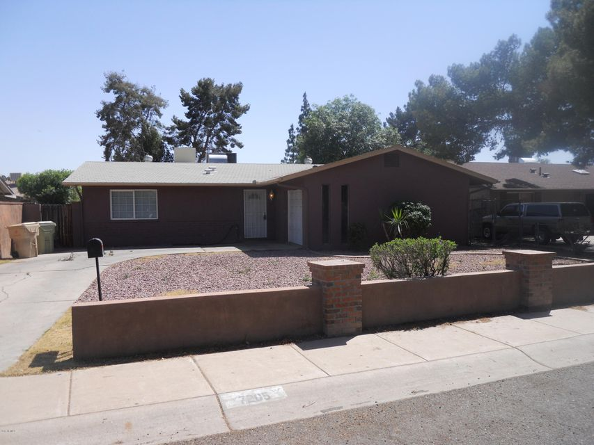 7205 W CAVALIER Drive, Glendale, AZ 85303