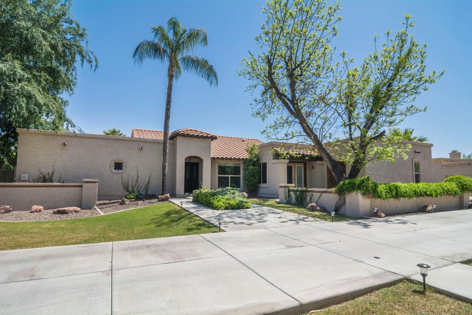89 N RIATA Street, Gilbert, AZ 85234