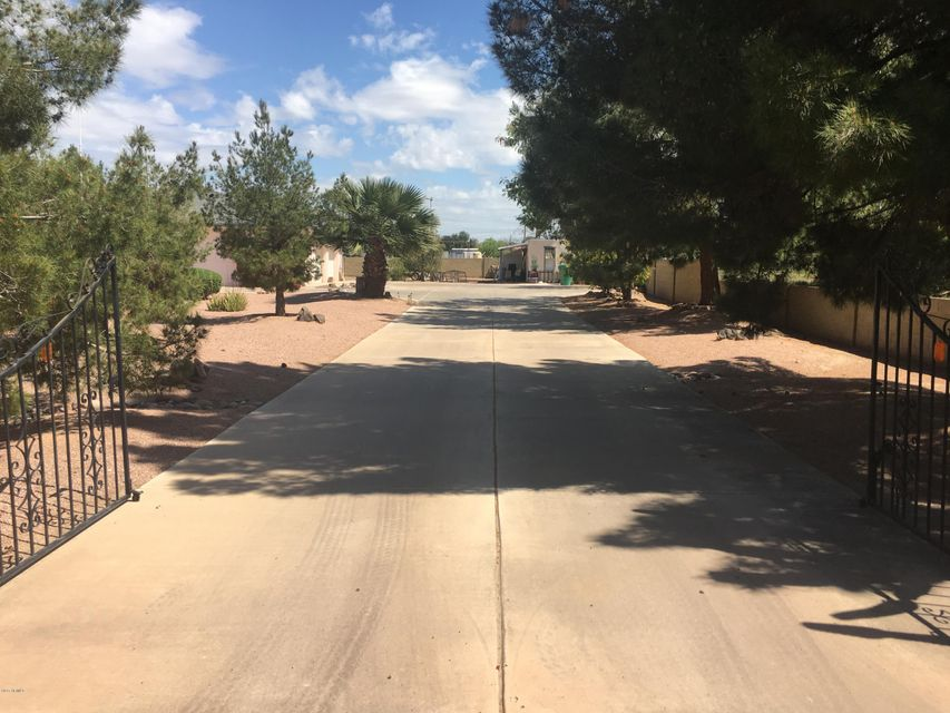 2655 N Mountview Road, Mesa, AZ 85203