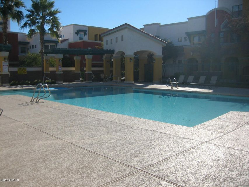 MLS 5591906 123 N WASHINGTON Street Unit 32, Chandler, AZ Chandler AZ Gated