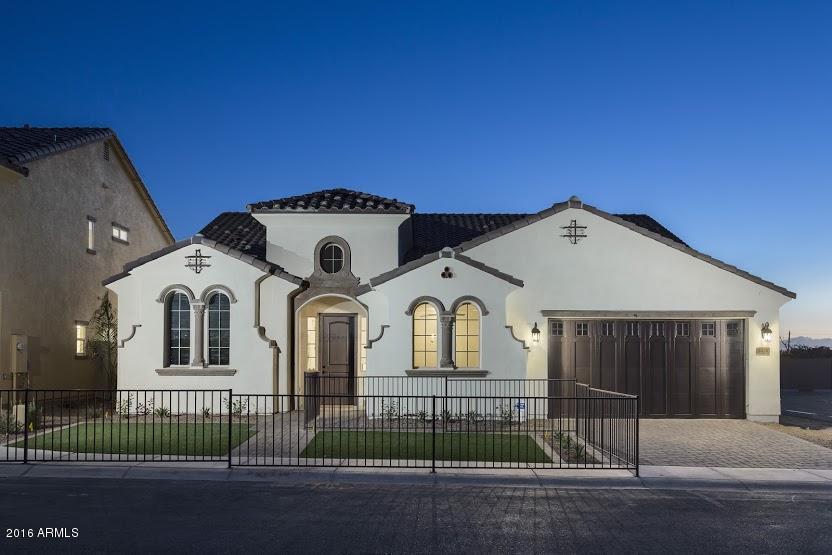709 W CALDWELL Street, Phoenix, AZ 85041