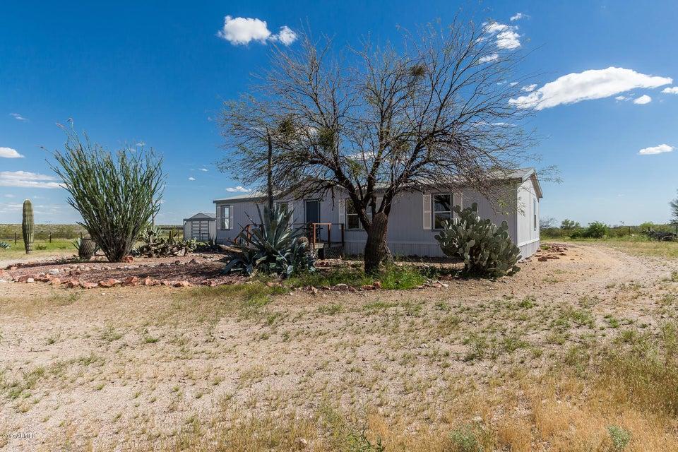 29215 W WILDCAT Drive, Wittmann, AZ 85361