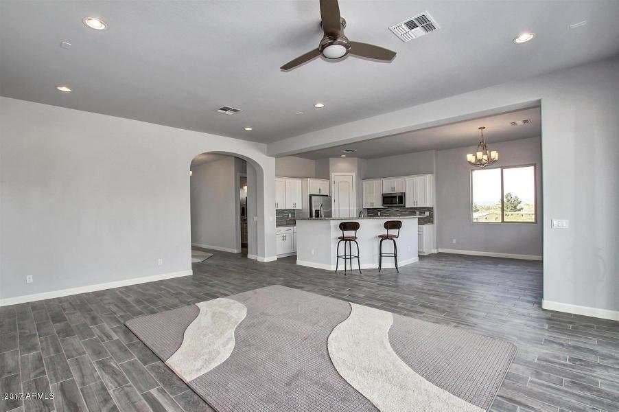 MLS 5593249 611 W Filoree Lane Unit Lot 2, New River, AZ 85087 New River AZ Newly Built