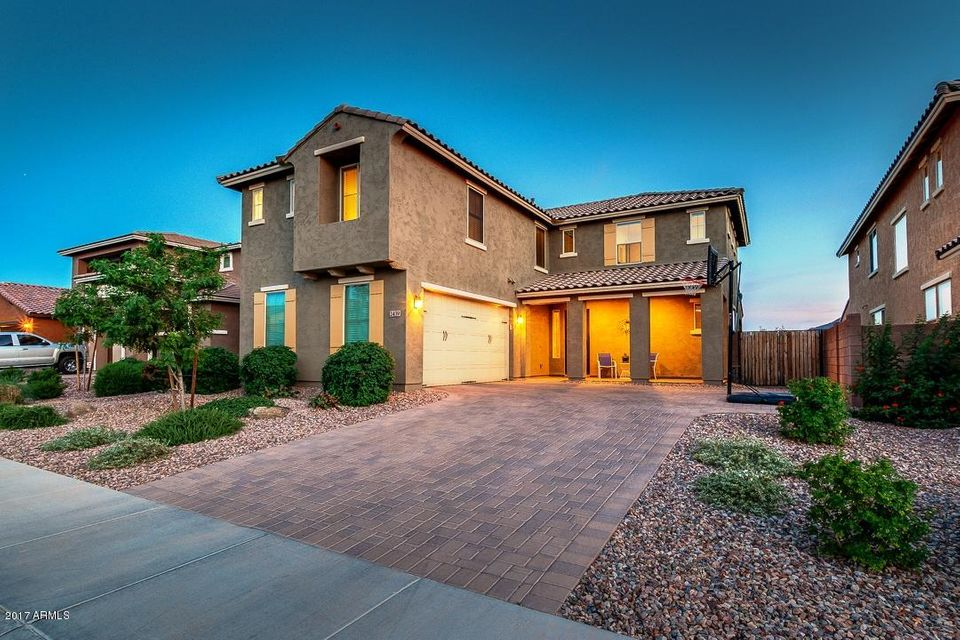 2439 E HAZELTINE Way, Gilbert, AZ 85298