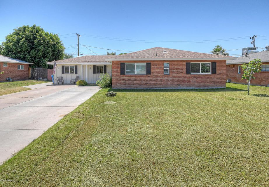 1903 E BETHANY HOME Road, Phoenix, AZ 85016