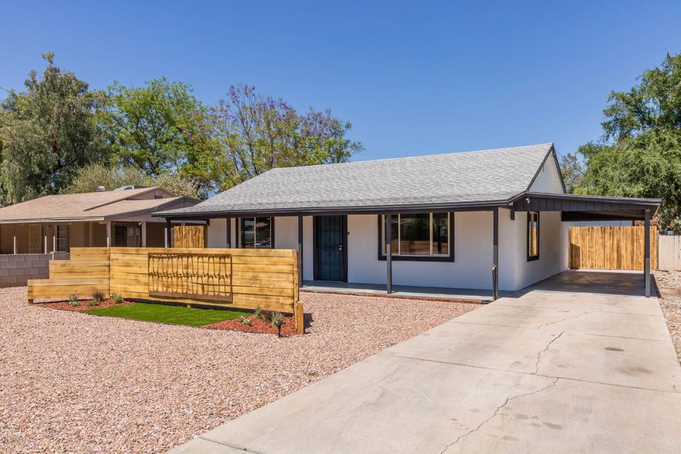 1218 E MINNEZONA Avenue, Phoenix, AZ 85014