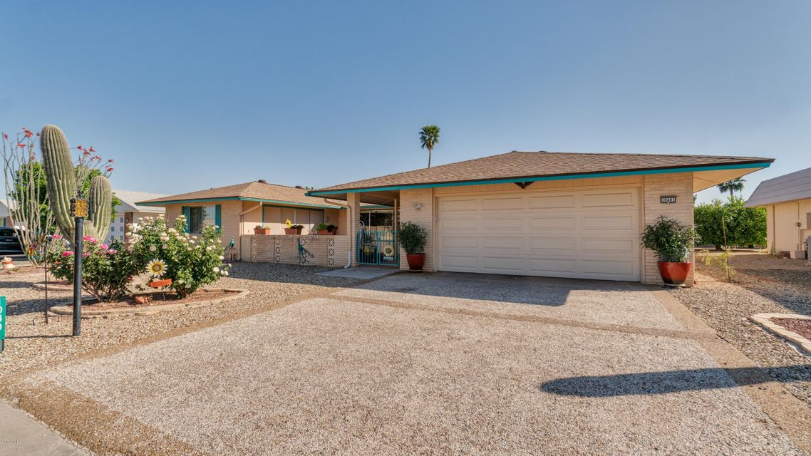 10401 W DESERT ROCK Drive, Sun City, AZ 85351