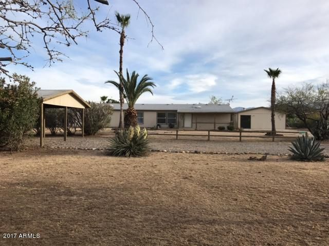23152 W STAGHORN Lane, Congress, AZ 85332