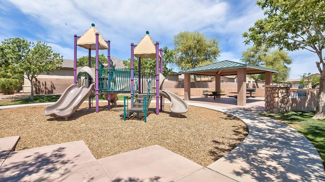 MLS 5594022 44557 W GARDEN Lane, Maricopa, AZ Maricopa AZ Cobblestone Farms