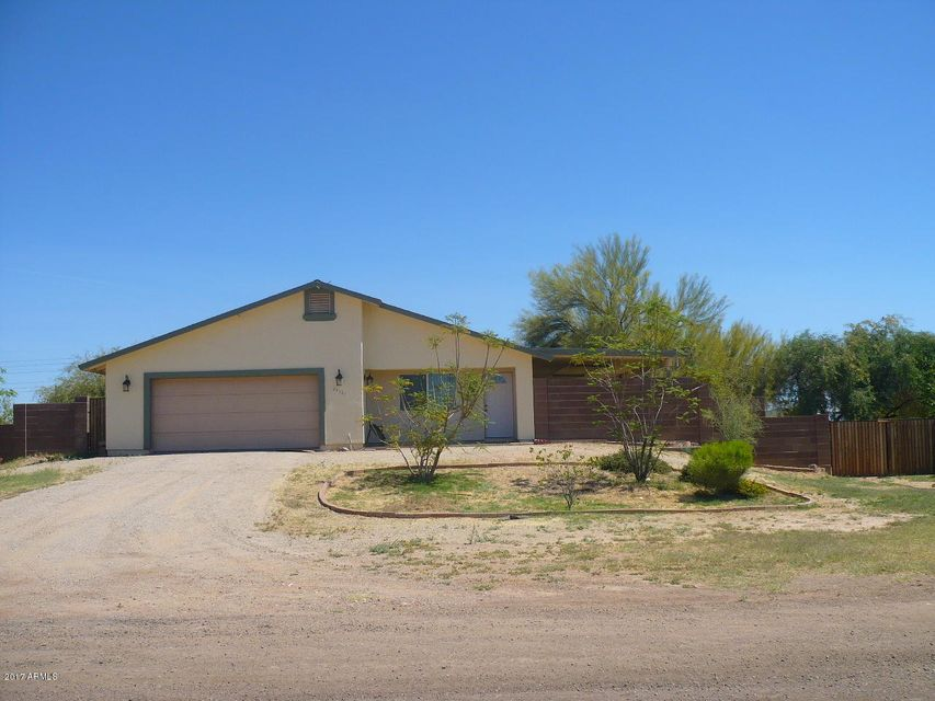 24587 N BEACON FIELD Road, Surprise, AZ 85387