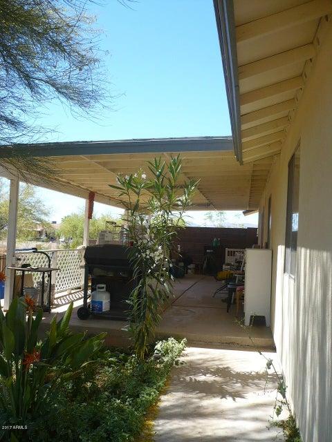 MLS 5594414 24587 N BEACON FIELD Road, Surprise, AZ Surprise AZ Equestrian