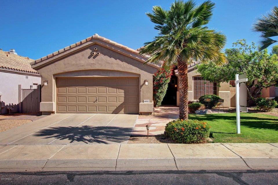 8092 E MICHELLE Drive E, Scottsdale, AZ 85255