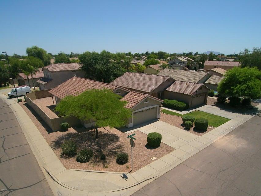 1071 N SAN BENITO Drive, Gilbert, AZ 85234