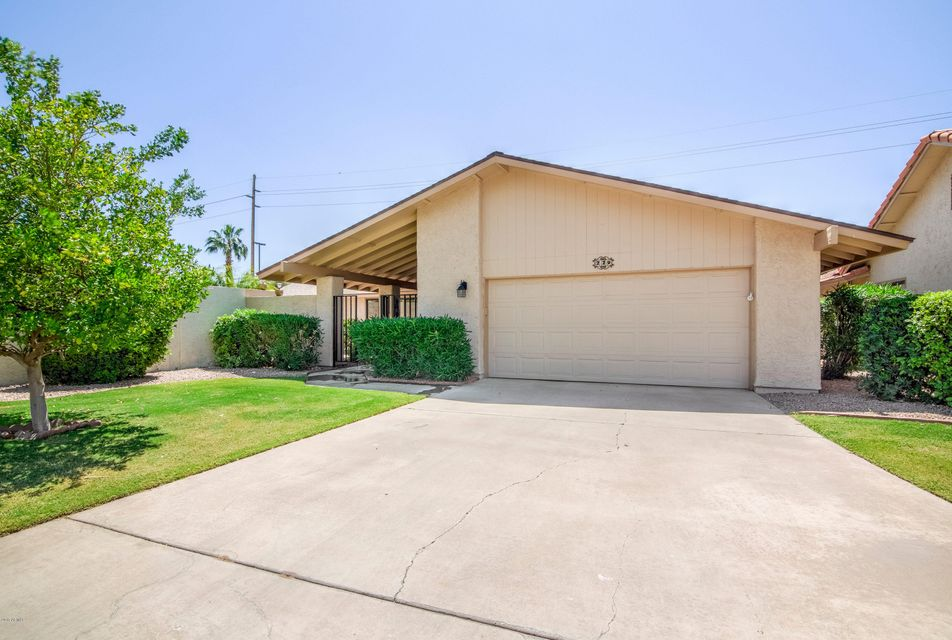 229 LEISURE WORLD --, Mesa, AZ 85206