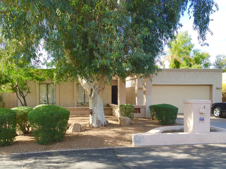 646 W PORT AU PRINCE Lane, Phoenix, AZ 85023