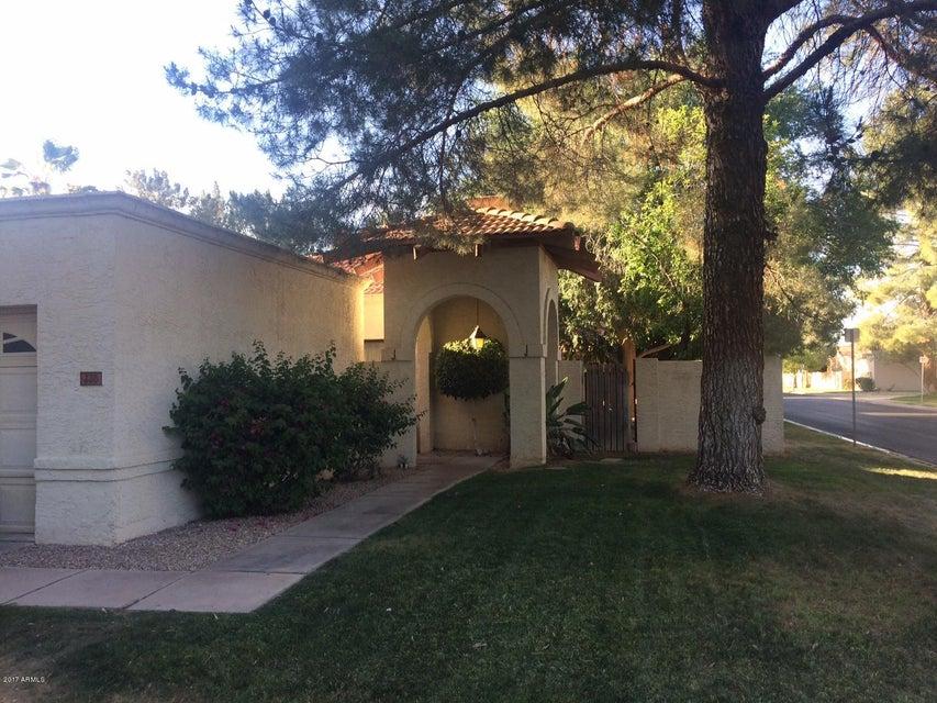 330 E BARBARITA Avenue, Gilbert, AZ 85234