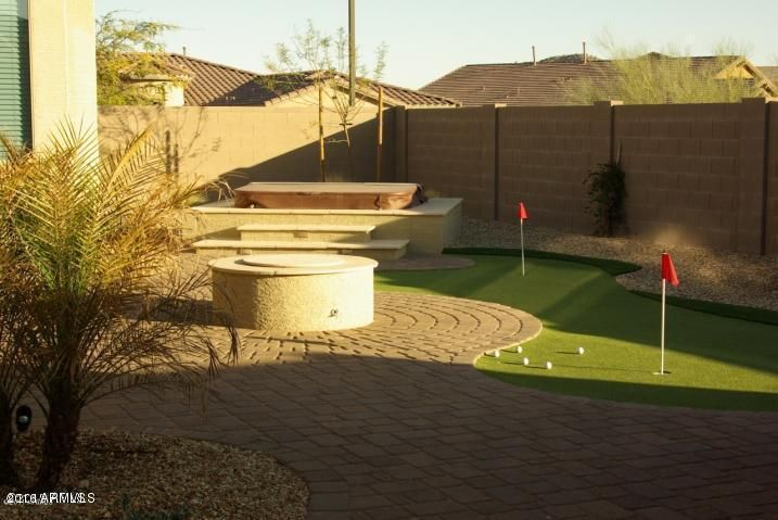 18428 W SUMMERHAVEN Drive, Goodyear, AZ 85338