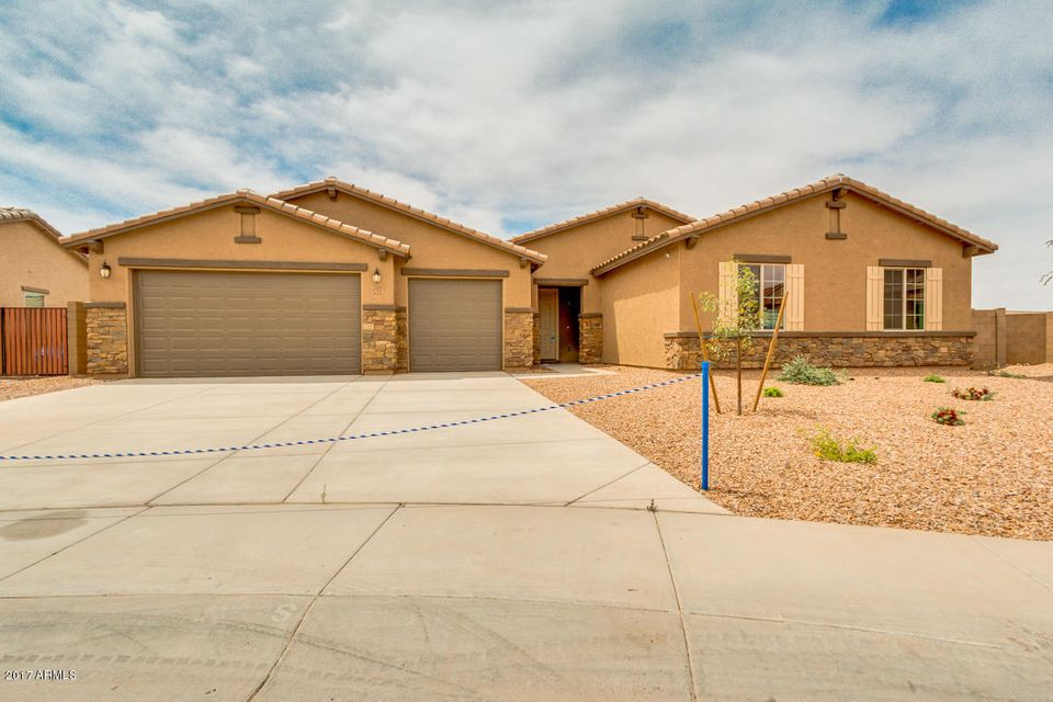 5761 W HIDALGO Avenue, Laveen, AZ 85339