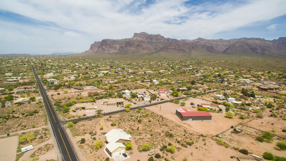 MLS 5595838 2142 S GERONIMO Road, Apache Junction, AZ 85119 Apache Junction AZ Equestrian
