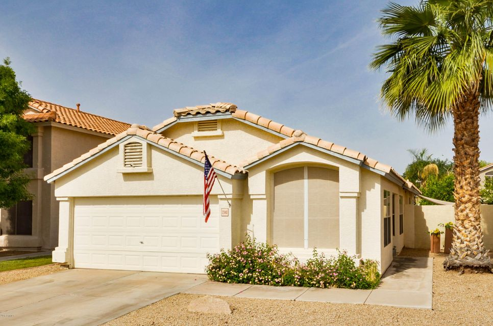 2340 S APACHE Drive, Chandler, AZ 85286