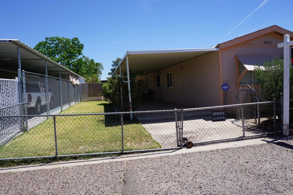 9433 S 14TH Avenue, Phoenix, AZ 85041
