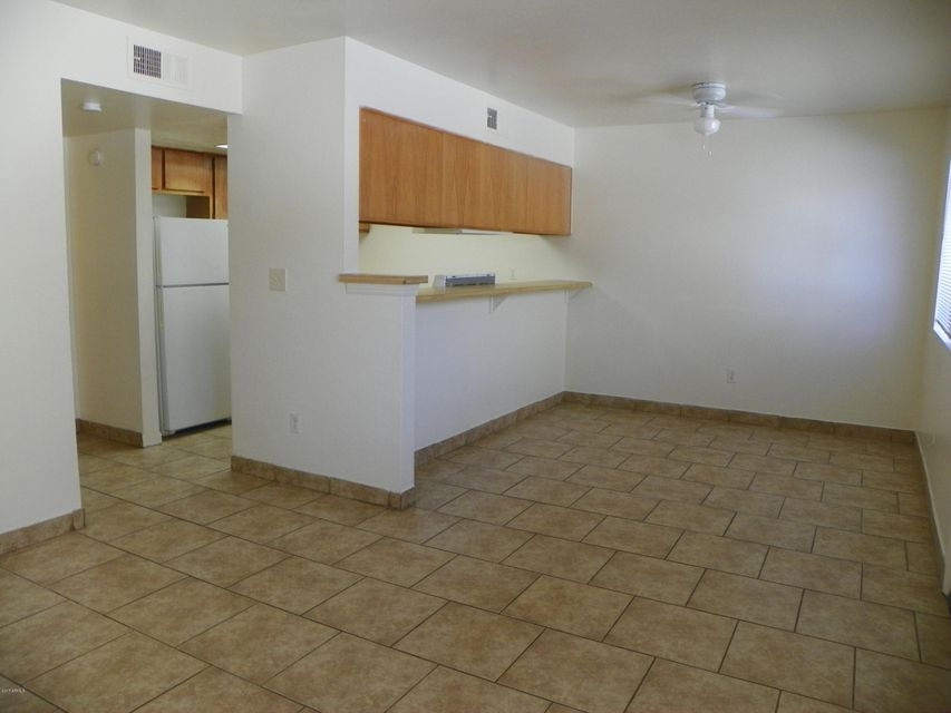 18202 N CAVE CREEK Road 145, Phoenix, AZ 85032