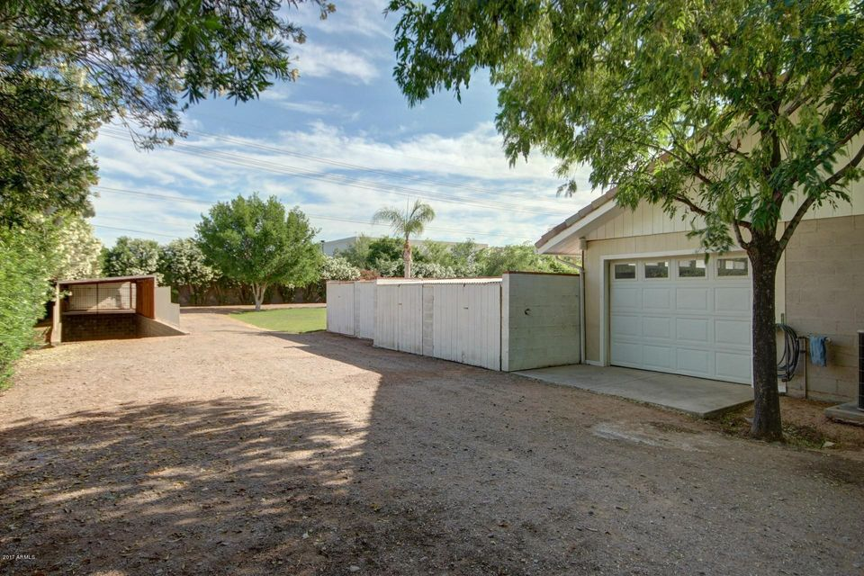 MLS 5596449 132 E TREMAINE Drive, Chandler, AZ Chandler Horse Property for Sale