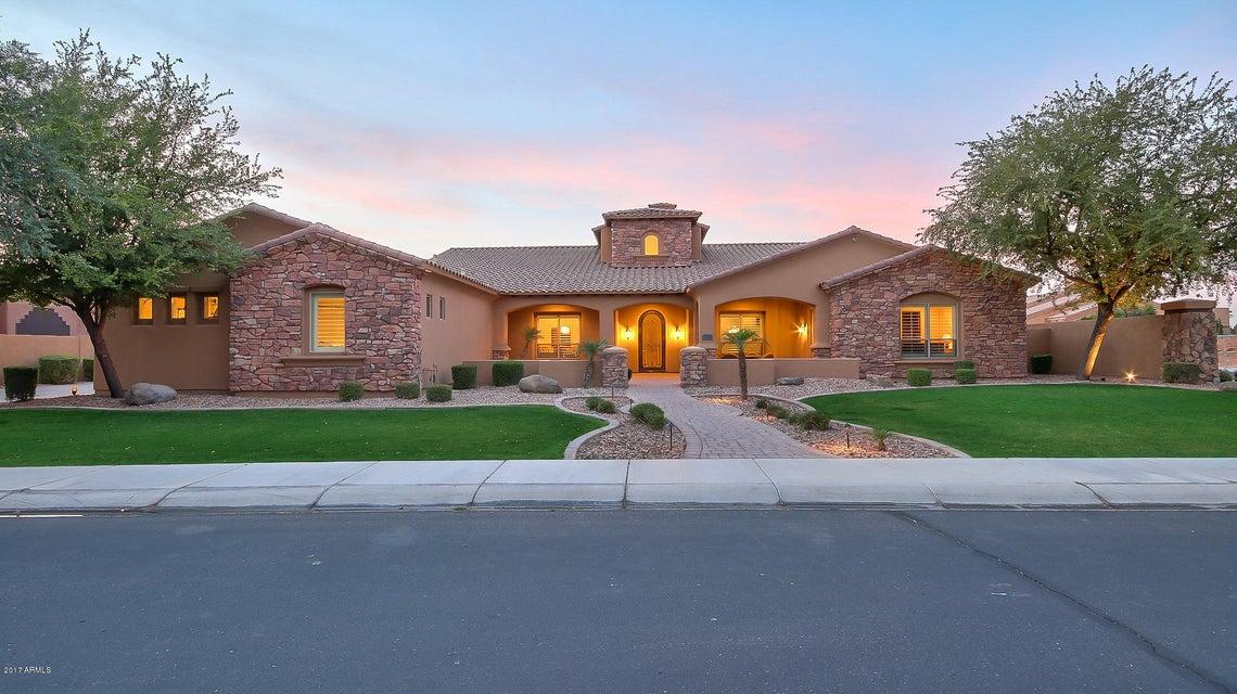 4426 E CAPRICORN Place, Chandler, AZ 85249