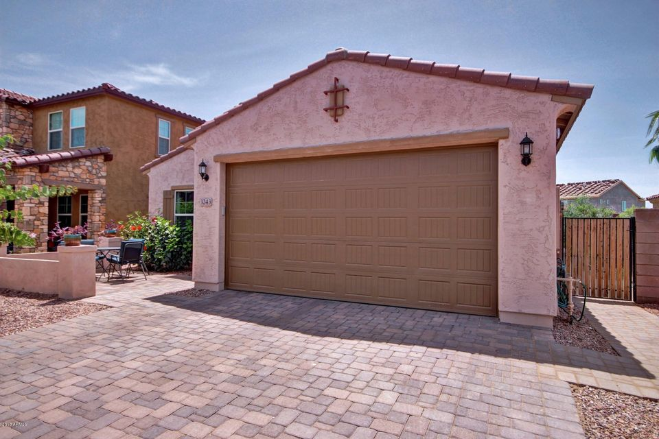 3243 E LANTANA Place, Chandler, AZ 85286