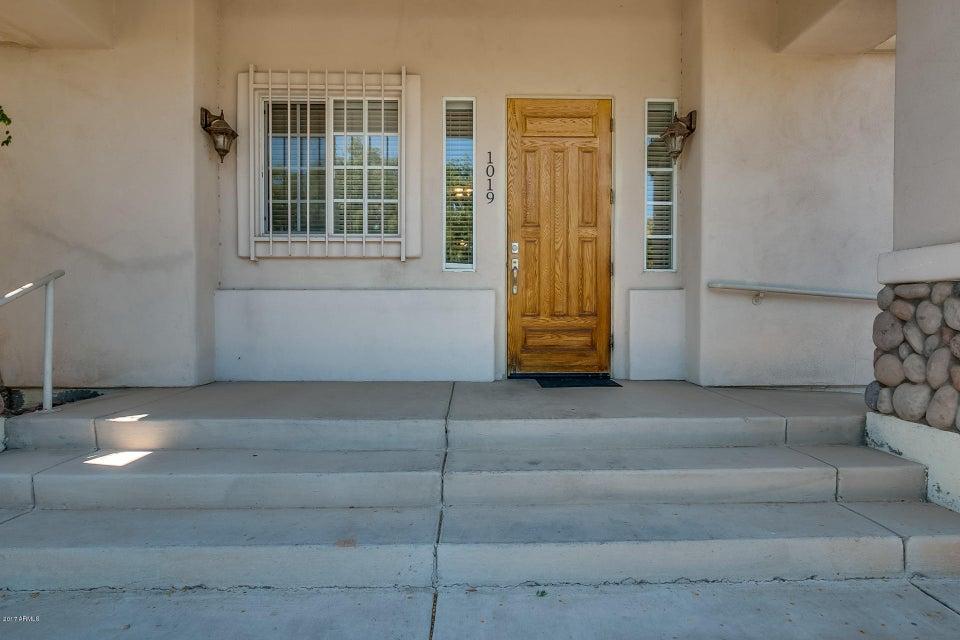 1019 S STAPLEY Drive, Mesa, AZ 85204