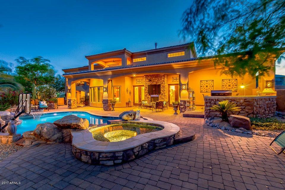 10797 CASA BLANCA Drive, Goodyear, AZ 85338