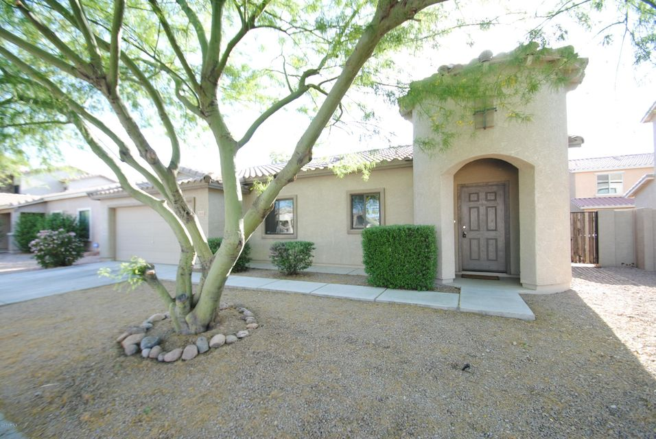 2653 S POWELL Road, Apache Junction, AZ 85119