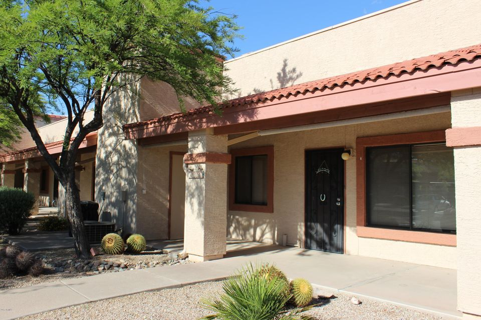 1440 N IDAHO Road 1022, Apache Junction, AZ 85119