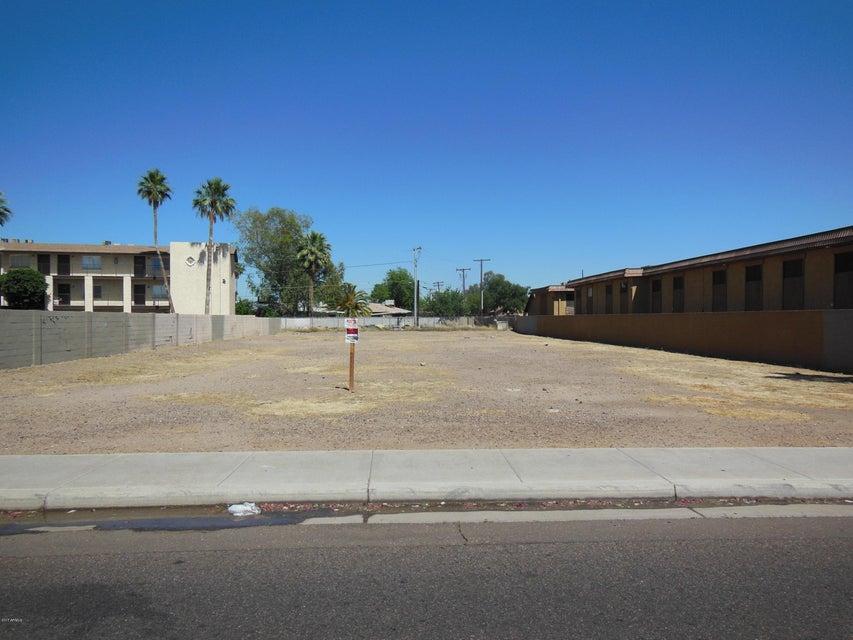 3121 N BLACK CANYON Highway, Phoenix, AZ 85015