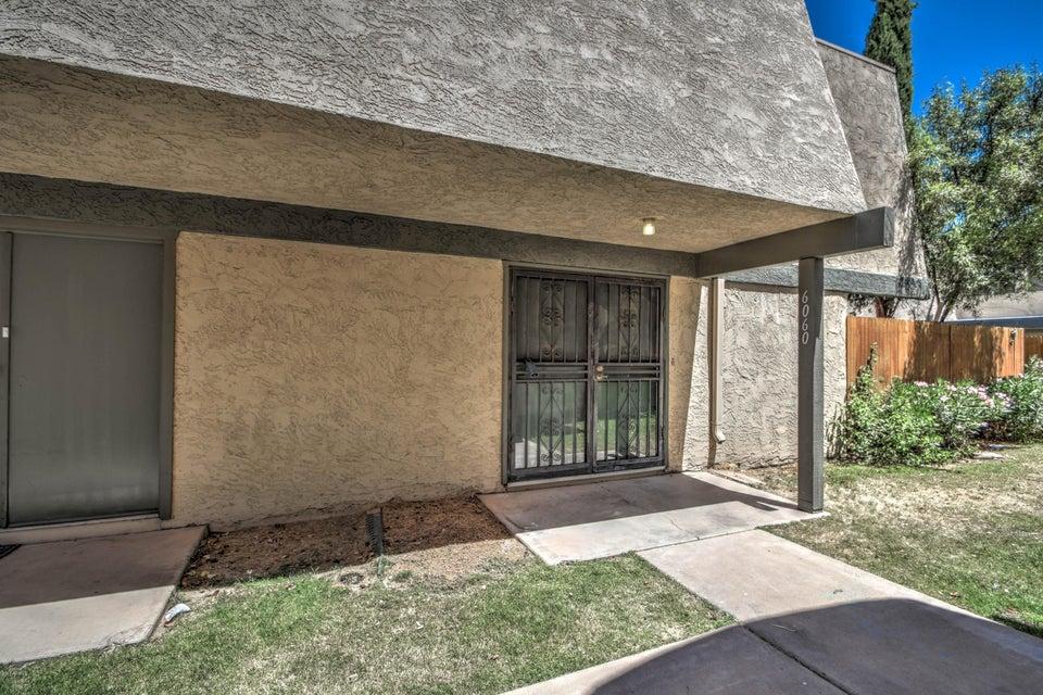 6060 W Golden Lane, Glendale, AZ 85302