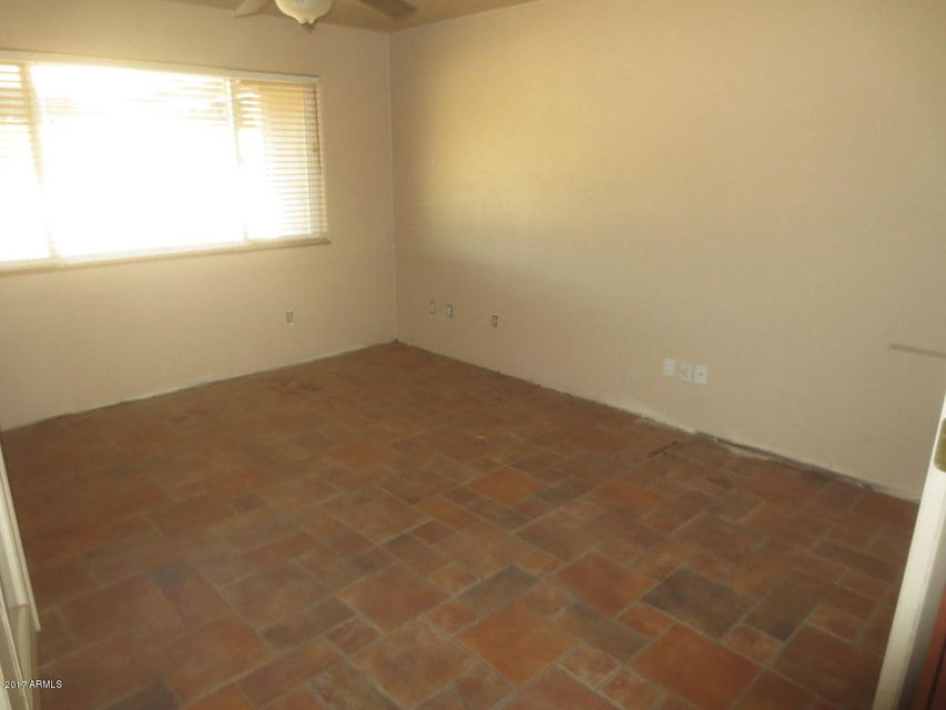 MLS 5599981 10337 E FENIMORE Road, Mesa, AZ 85207 Mesa AZ REO Bank Owned Foreclosure