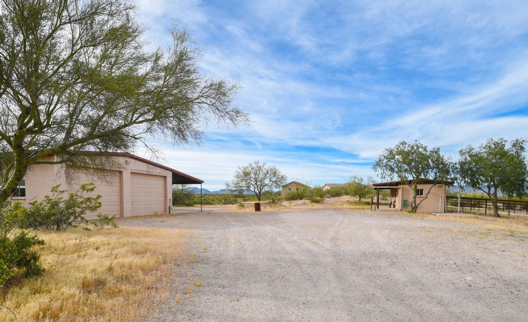 MLS 5366081 35302 S Quail Run Trail, Wickenburg, AZ 85390 Wickenburg AZ One Plus Acre Home