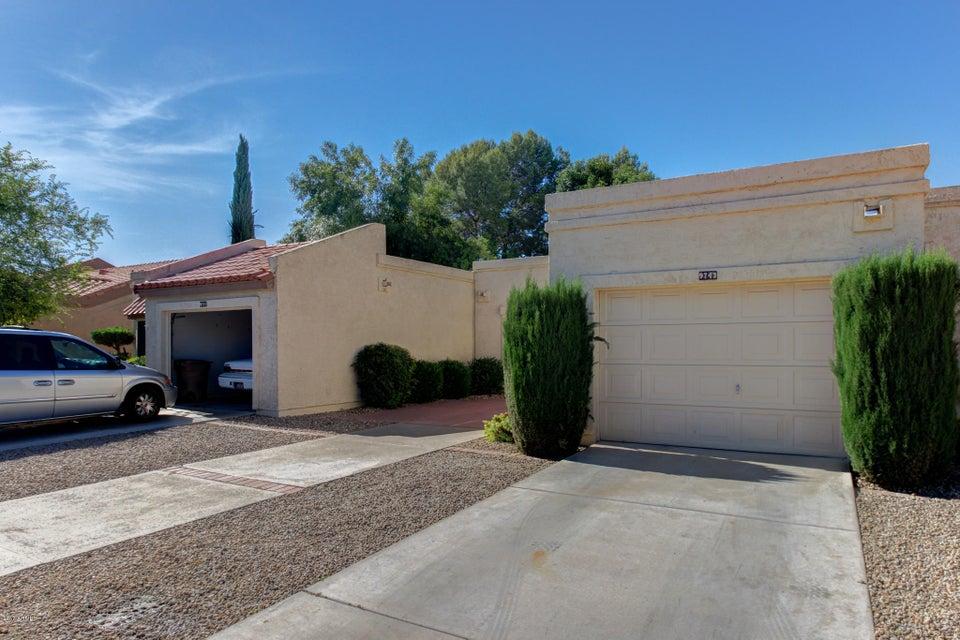 9743 W ROCKWOOD Drive, Peoria, AZ 85382