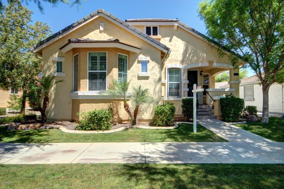2732 E TAMARISK Street, Gilbert, AZ 85296