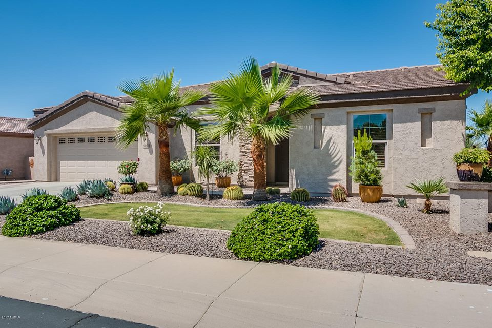 5466 S ALMOND Drive, Gilbert, AZ 85298