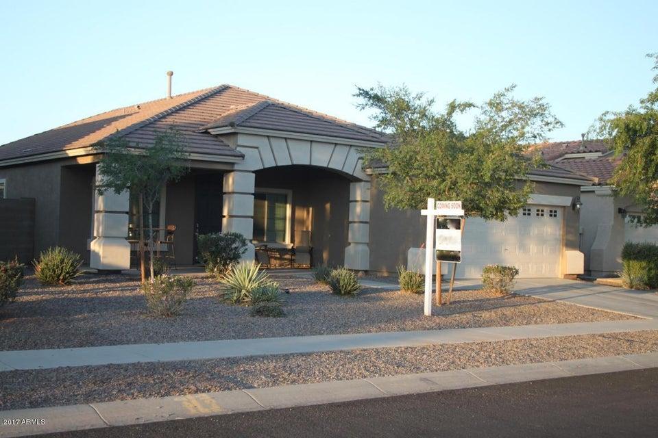 2825 E Trigger Way, Gilbert, AZ 85297