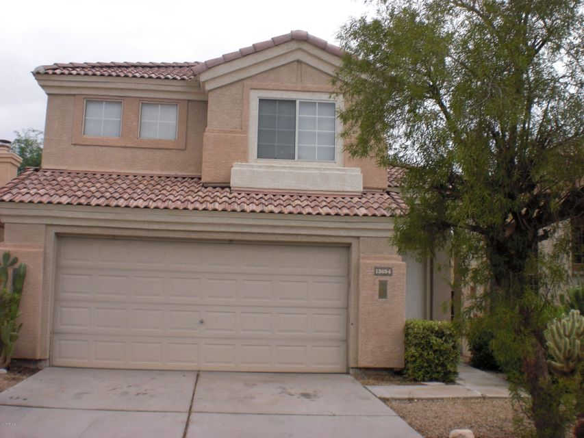 13694 W DESERT FLOWER Drive, Goodyear, AZ 85395